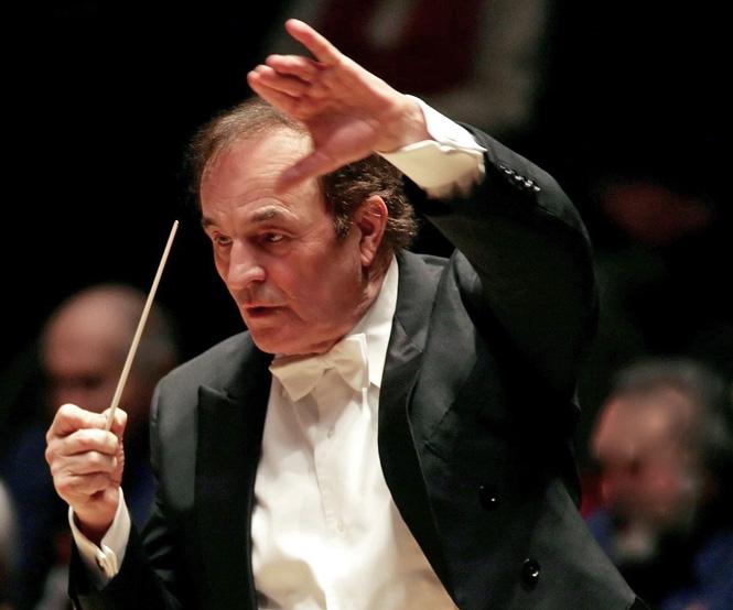 Charles Dutoit fyret og erstattet med kvindelig dirigent   Magasinet KLASSISK