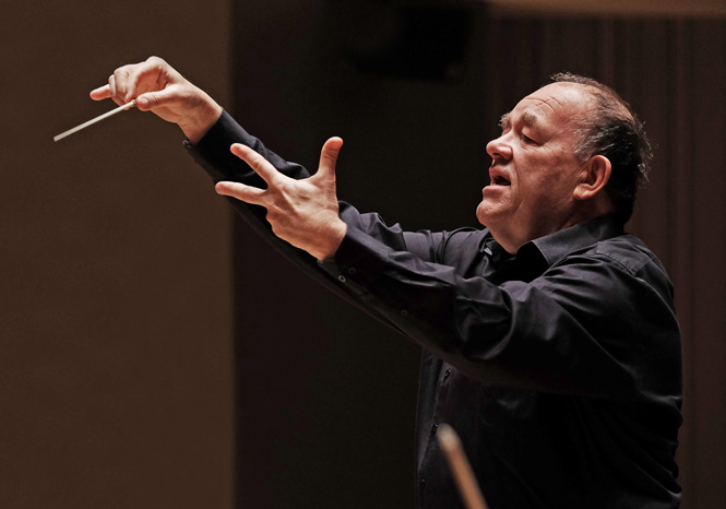 Chefdirigenten for Aarhus Symfoniorkester får nyt job i Spanien | Magasinet KLASSISK