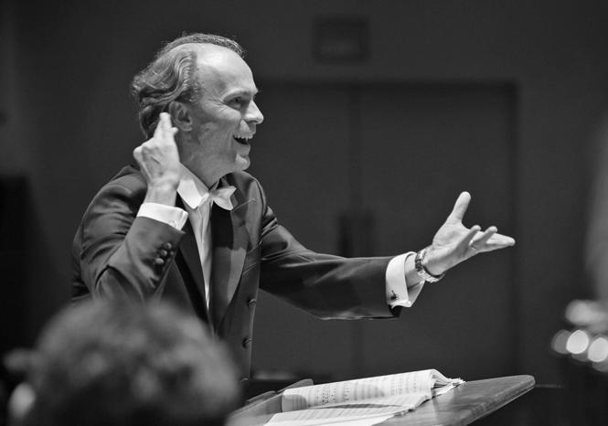 Svensk dirigent siger op i protest mod krav om vaccine | Magasinet KLASSISK